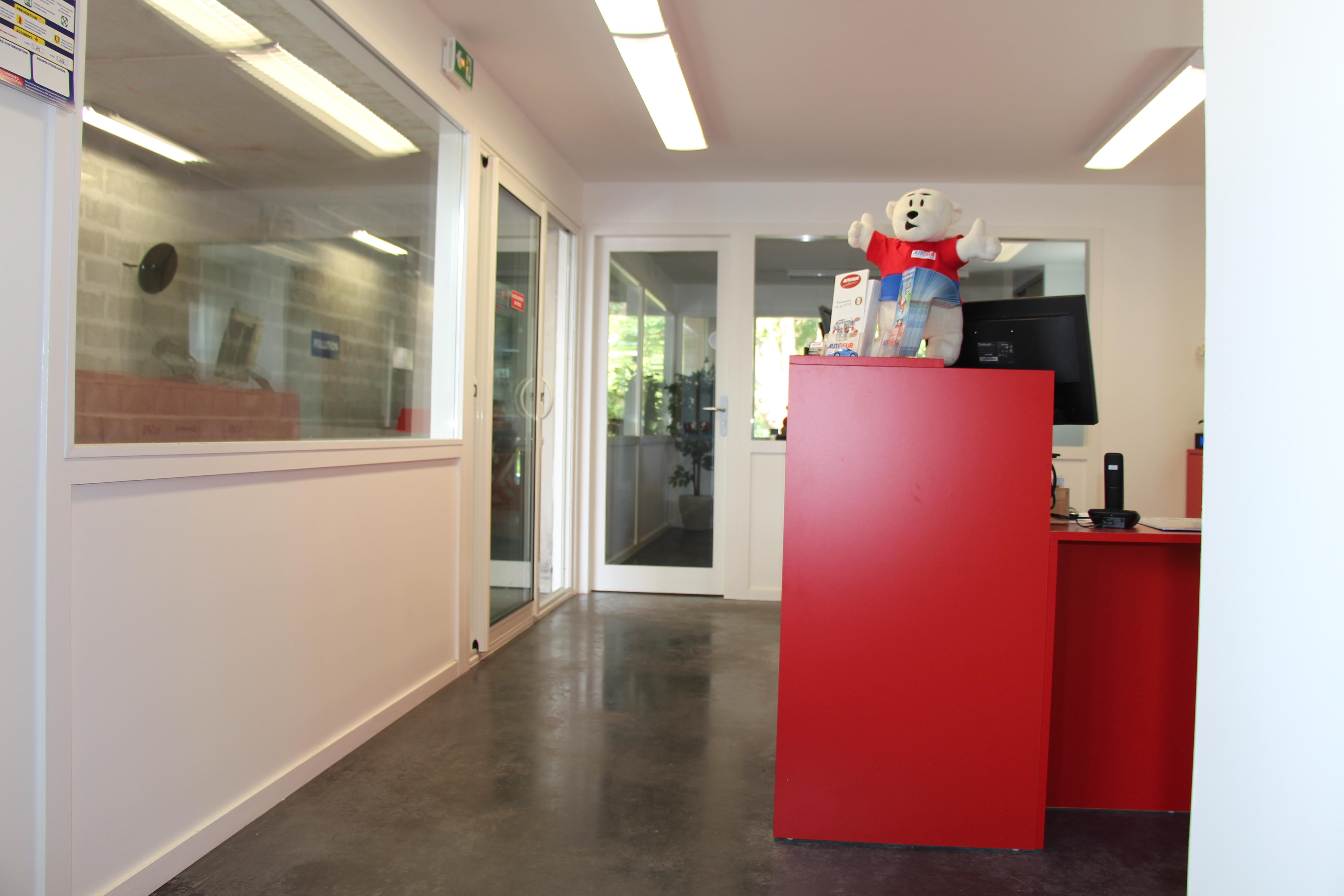 Centre de contrôle technique automobile Boucau Architecte Pays Basque Gwenael Stephan