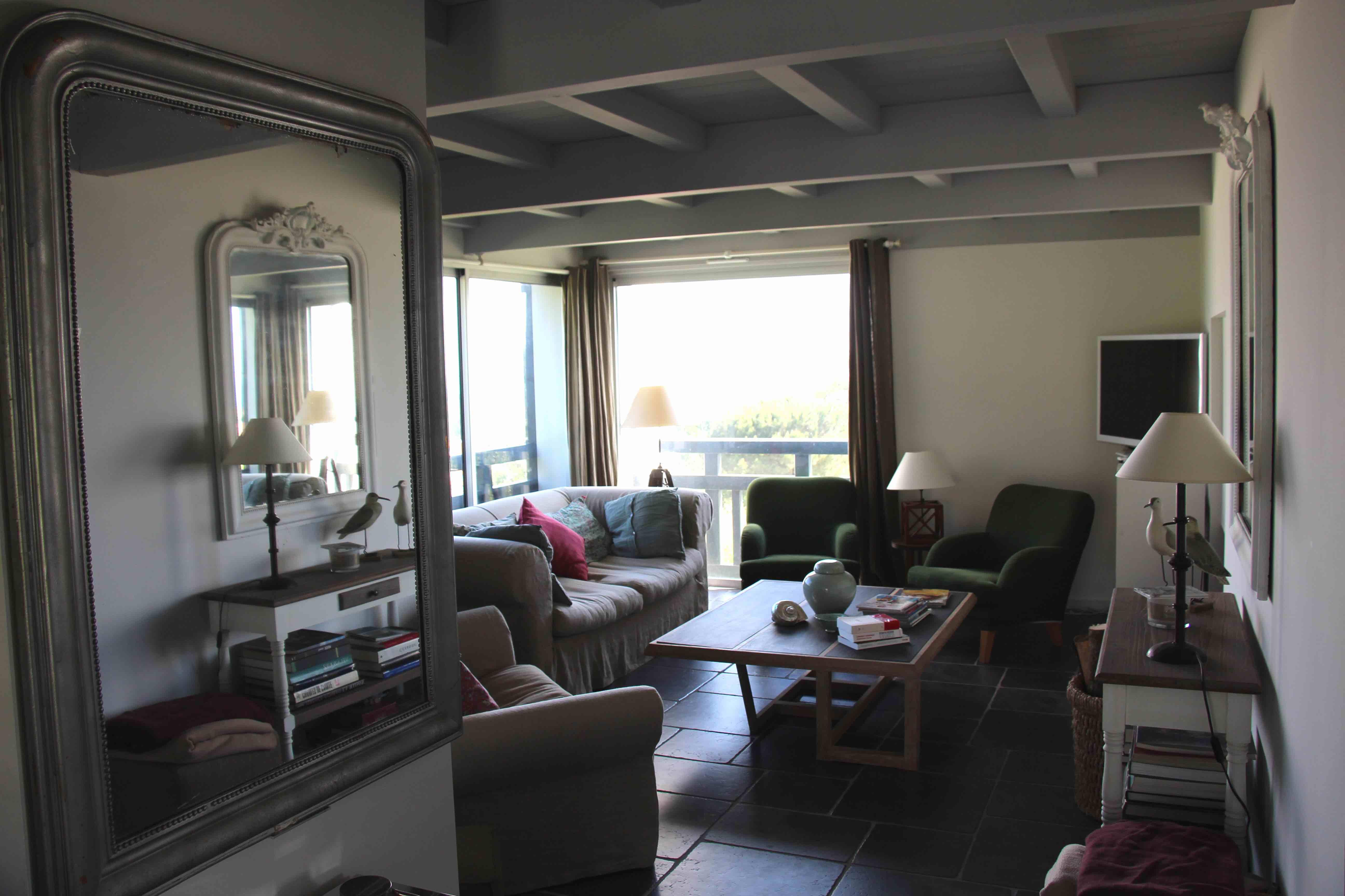 Maison neuve design entree de maison design maison neuve - Maison plain pied deco orientale palm springs ...